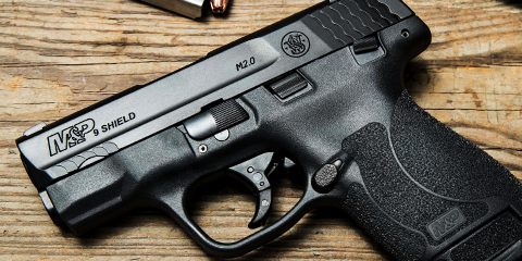 Smith & Wesson |