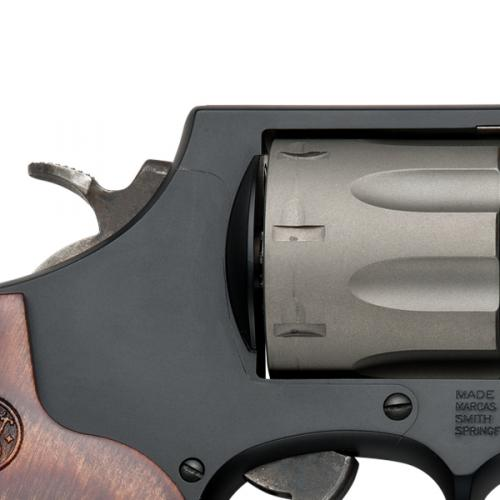 Smith & wesson - PERFORMANCE CENTER® Model 327 - 1